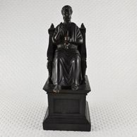 Escultura Antiga - Cristianismo - São Pedro em seu Trono