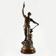 Antiek Beeld - Allegorie van het Werk - Man met een Hamer en een Aanbeeld